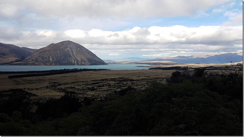 Ben Ohau Range across the lake