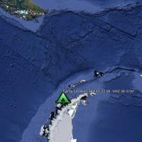 Antarctica_Camp_Peninsular