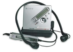 Sony NetMD MiniDisc (MZ-NF810) from about 2004